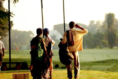 golfers-in-the-sunlight-1171395